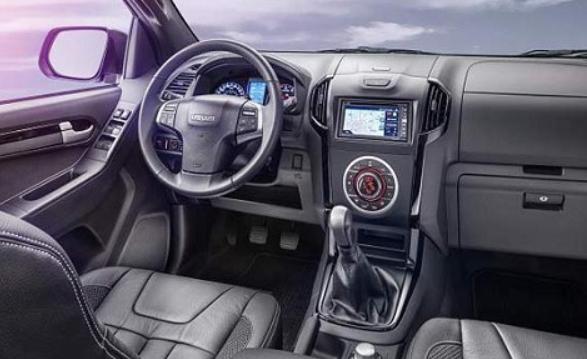 2019 Chevrolet Dmax Interior