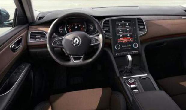 2019 Renault Alaskan Interior