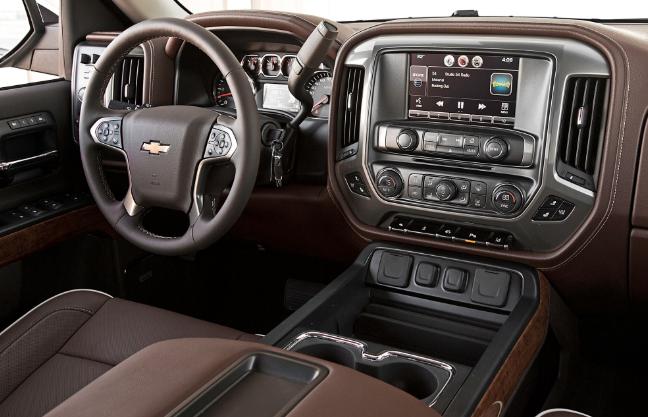2019 Chevy Cheyenne Interior