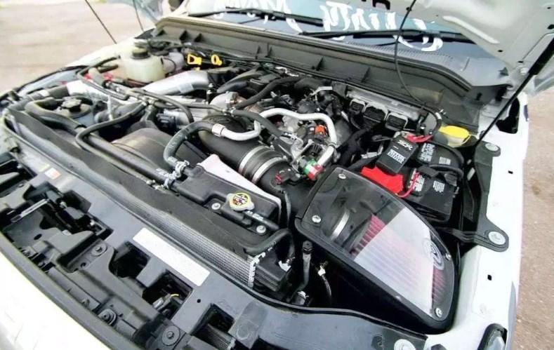 2019 Ford F-350 Engine
