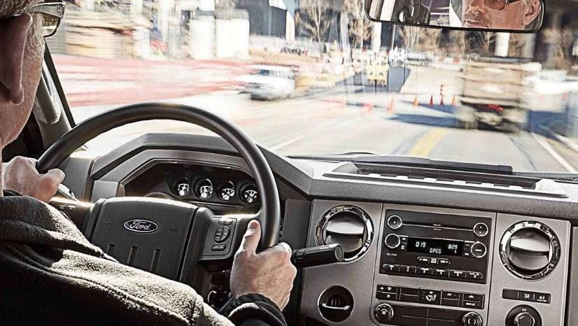 2019 Ford F-750 Interior