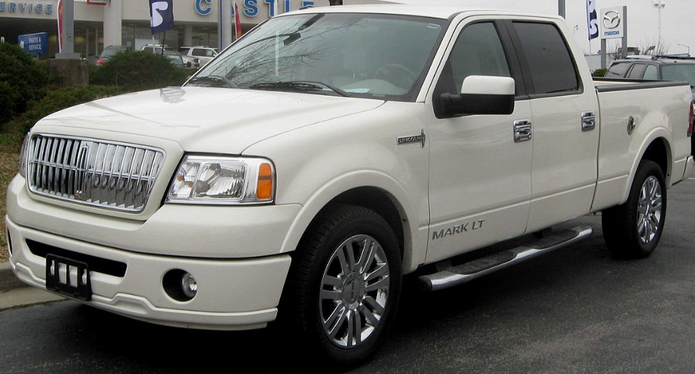 2019 Lincoln Mark LT Exterior