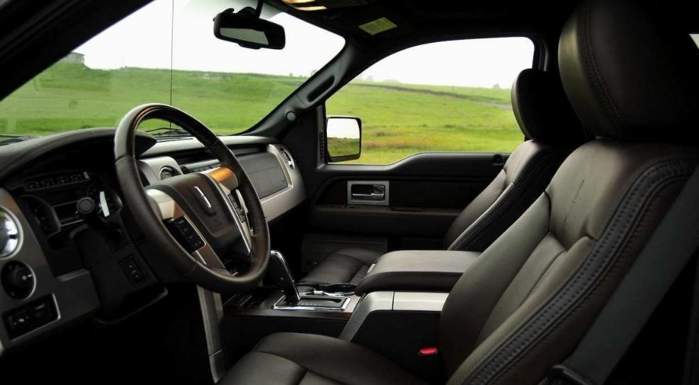 2019 Lincoln Mark LT Interior