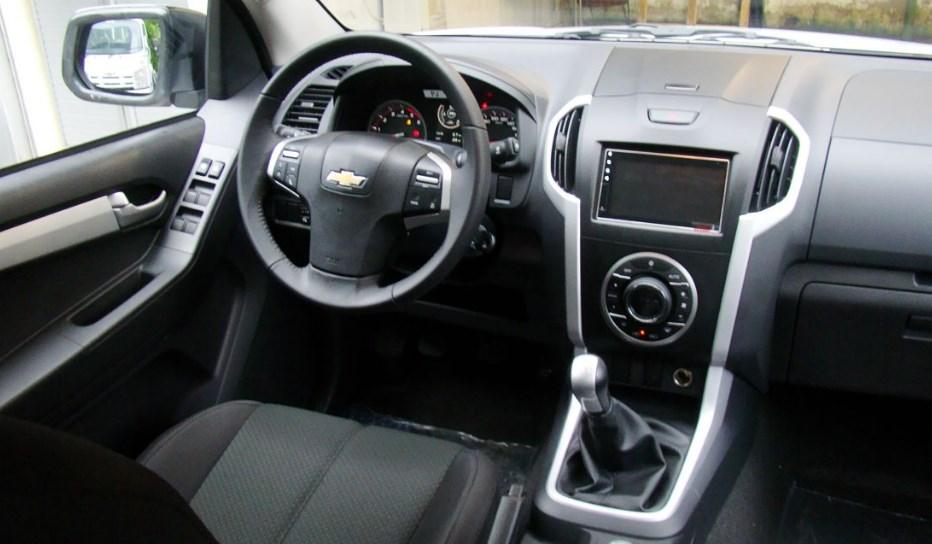 2019 Chevrolet D-Max Interior