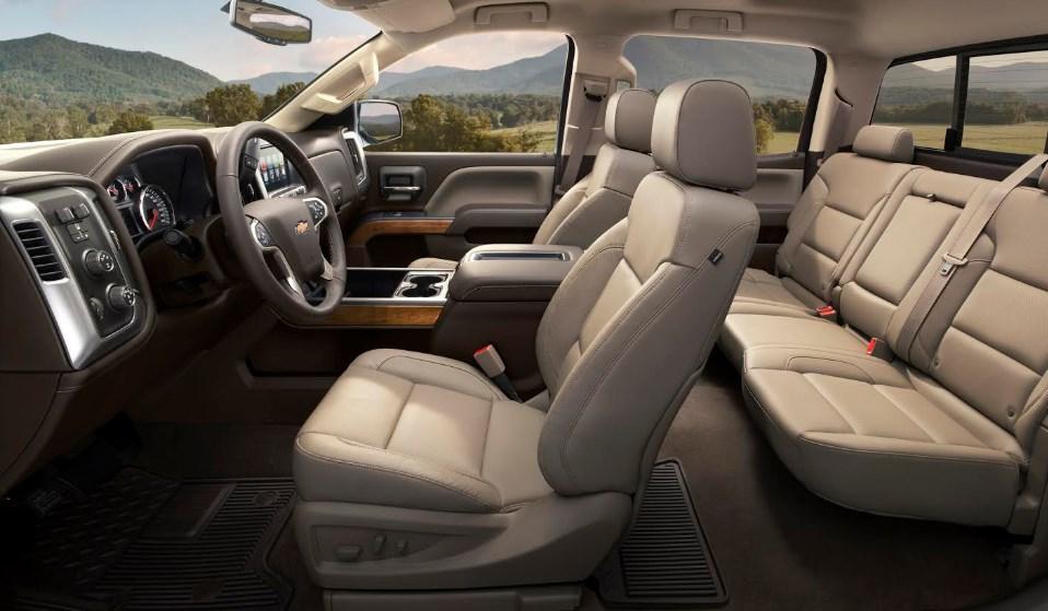 2019 Chevrolet Kodiak Pickup Interior