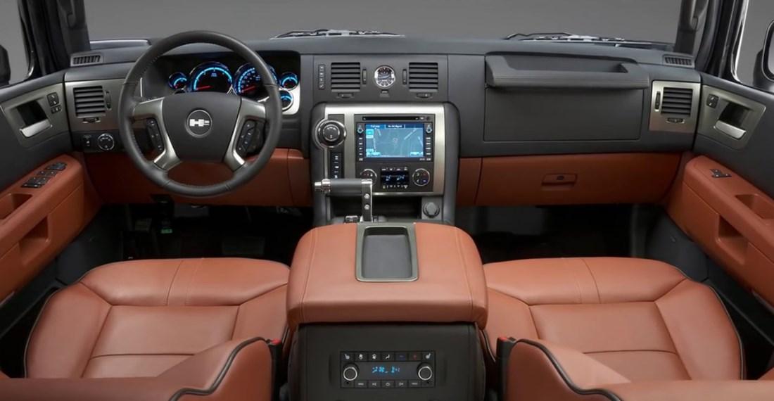 2019 Hummer H3T Interior