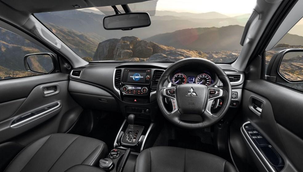2019 Mitsubishi Triton Interior