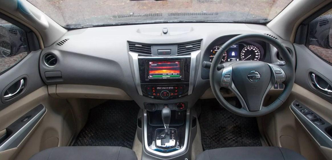 2021 Nissan Navara D22 Interior