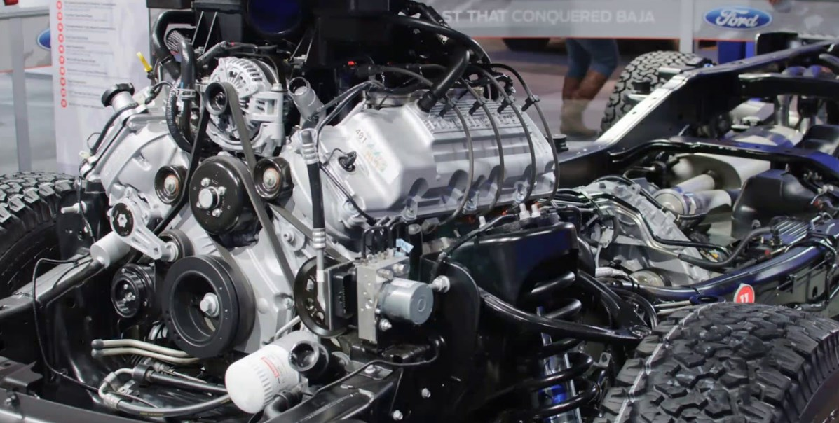 2020 Ford F-450 Engine