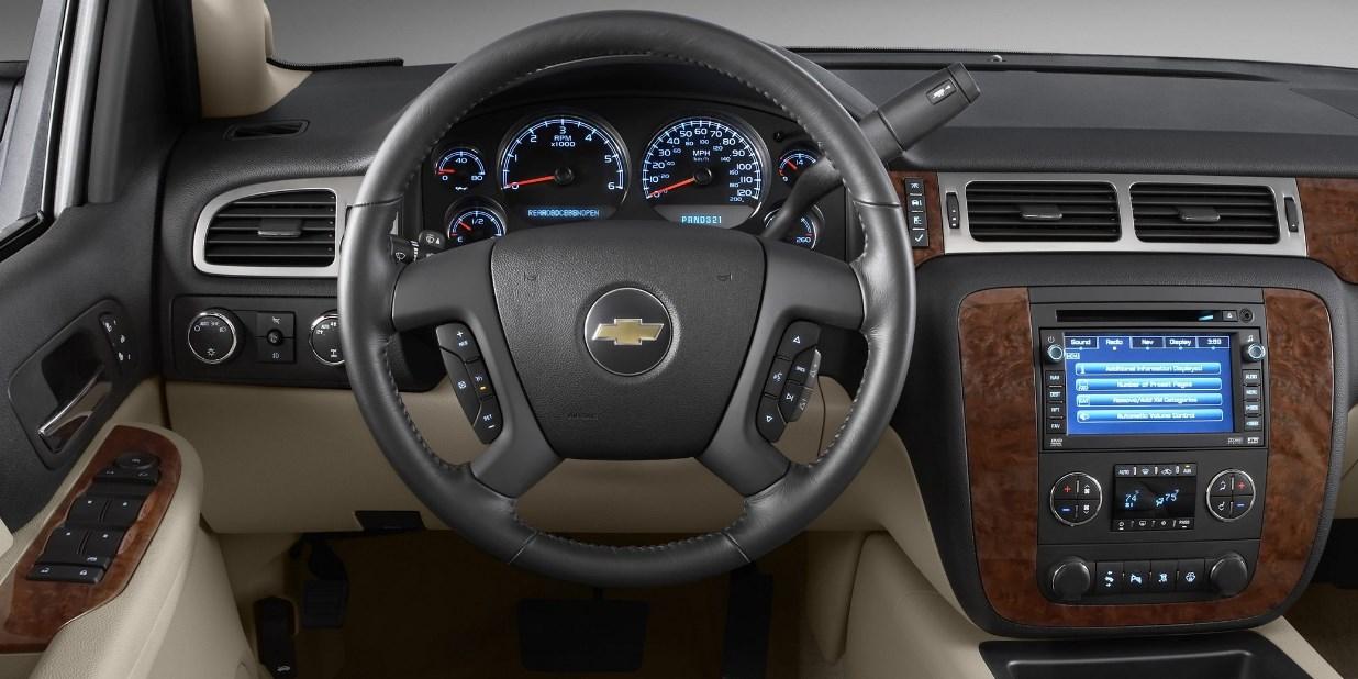 2020 Chevrolet Avalanche Interior
