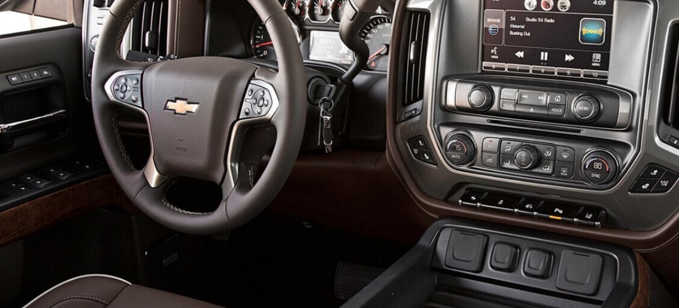 2020 Chevrolet Cheyenne Interior