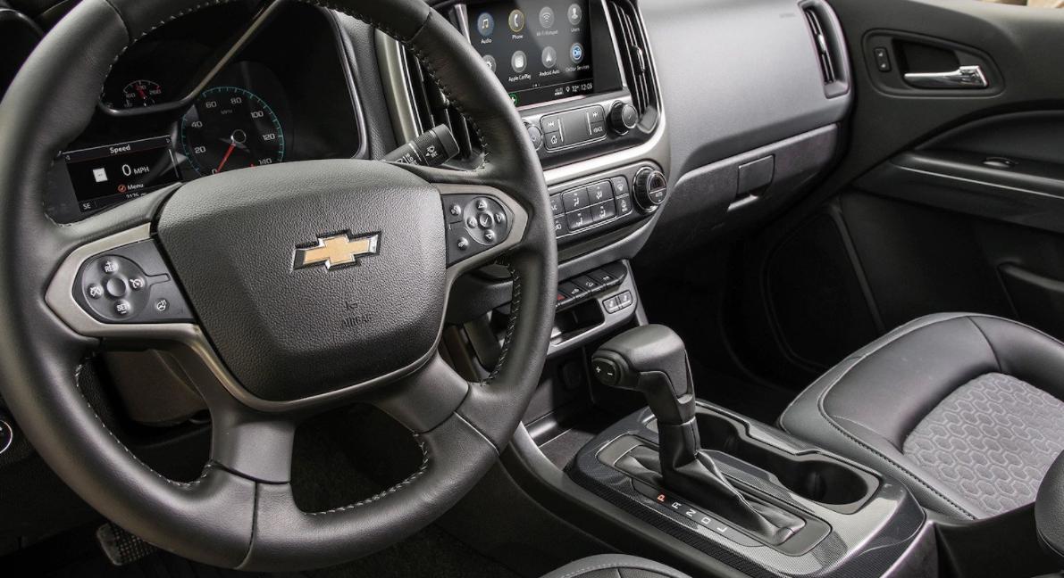 2023 Chevrolet Colorado S10 Interior