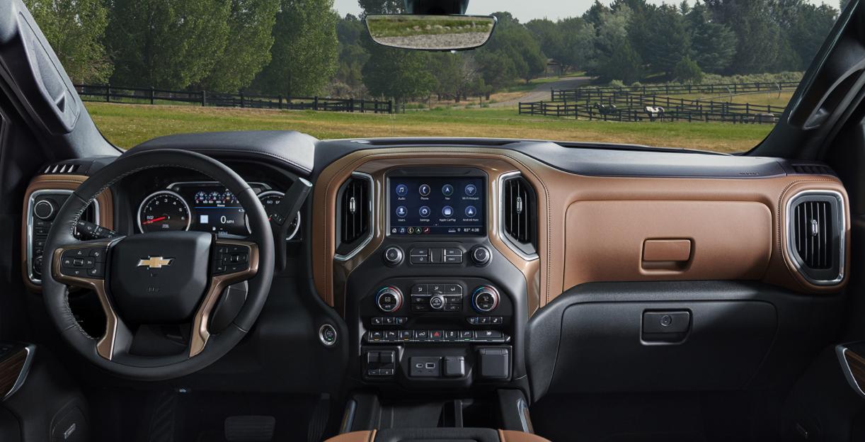 2023 Chevrolet Silverado Interior
