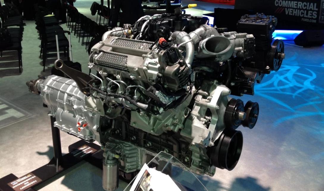 2023 Ford F-750 Engine