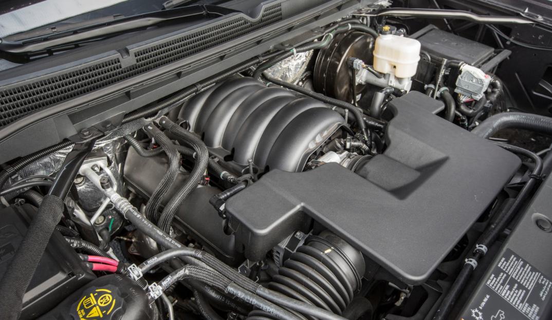 2023 GMC Sierra 3500 Engine