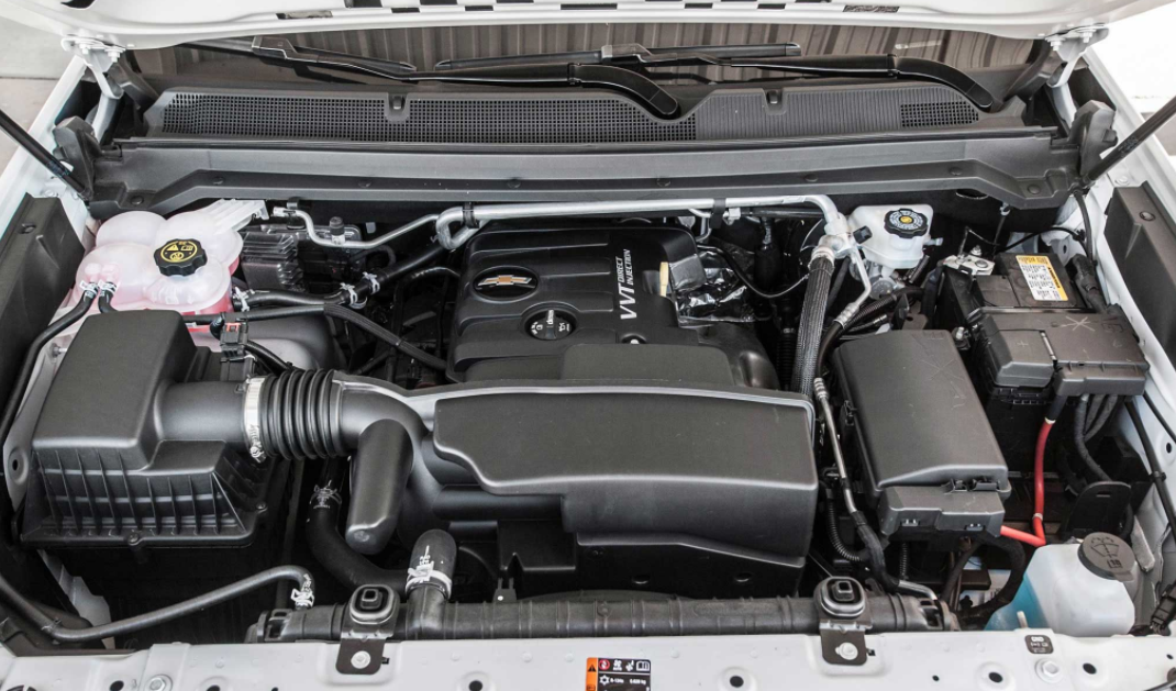 2023 Chevy Colorado ZR2 Engine