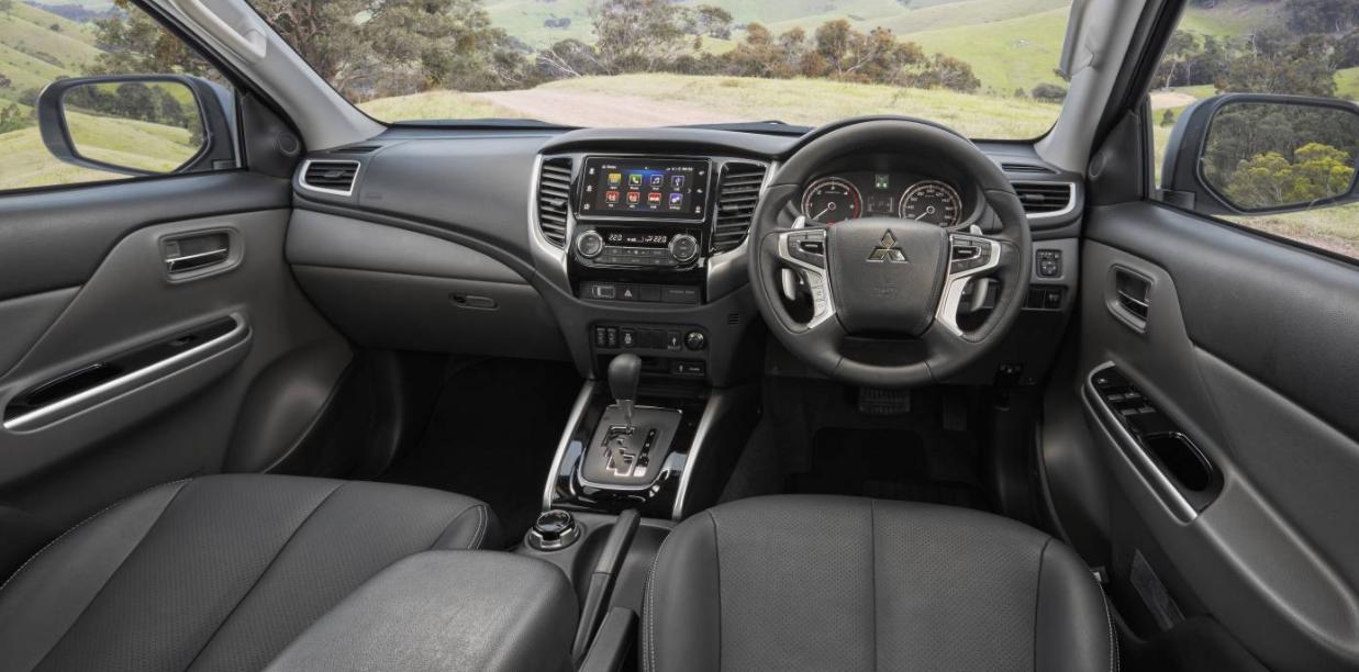 2023 Mitsubishi Triton Interior