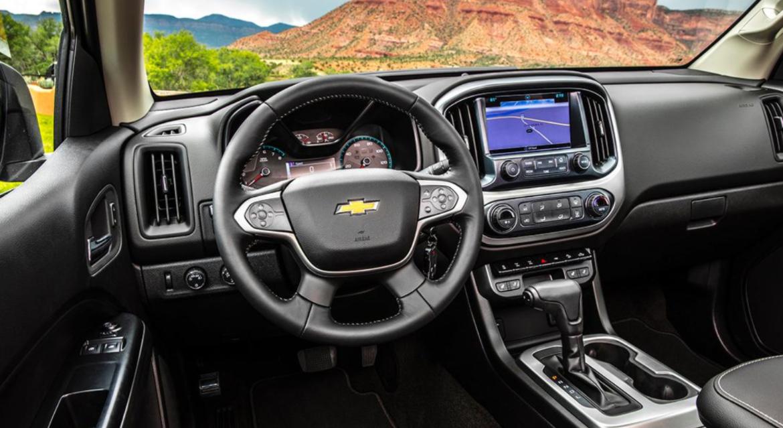 2023 Chevrolet S10 Interior