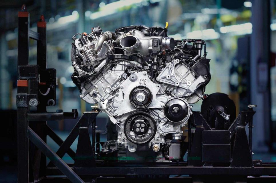 2023 Ford F 450 Engine