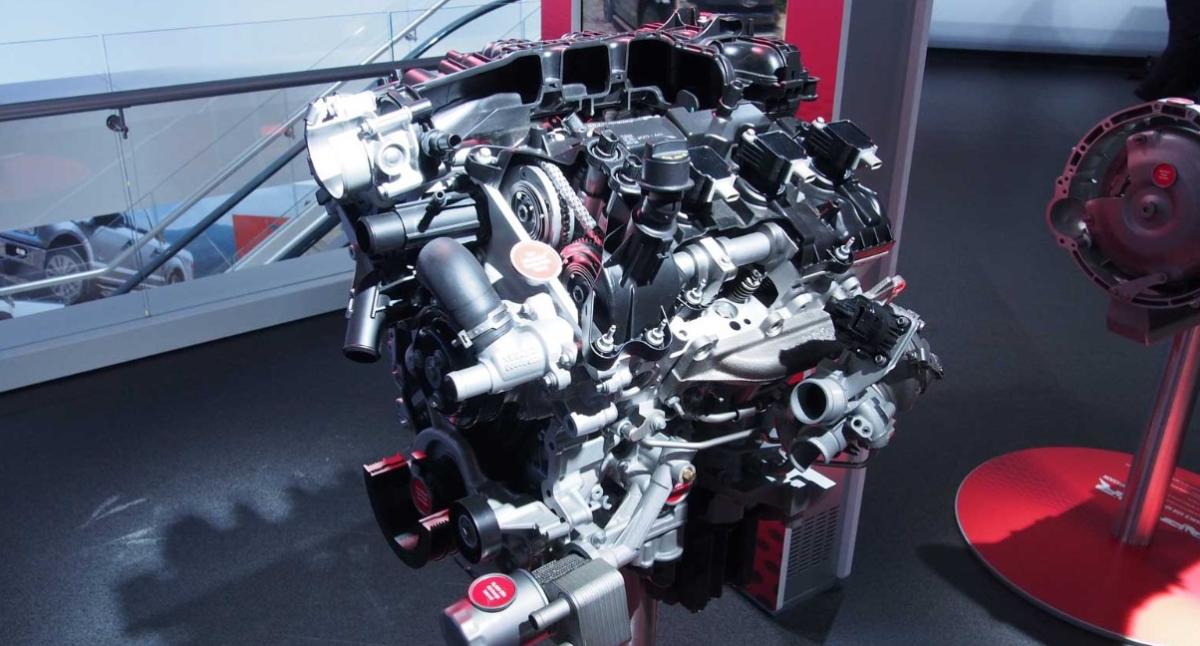 2023 Ford F-150 Raptor Engine