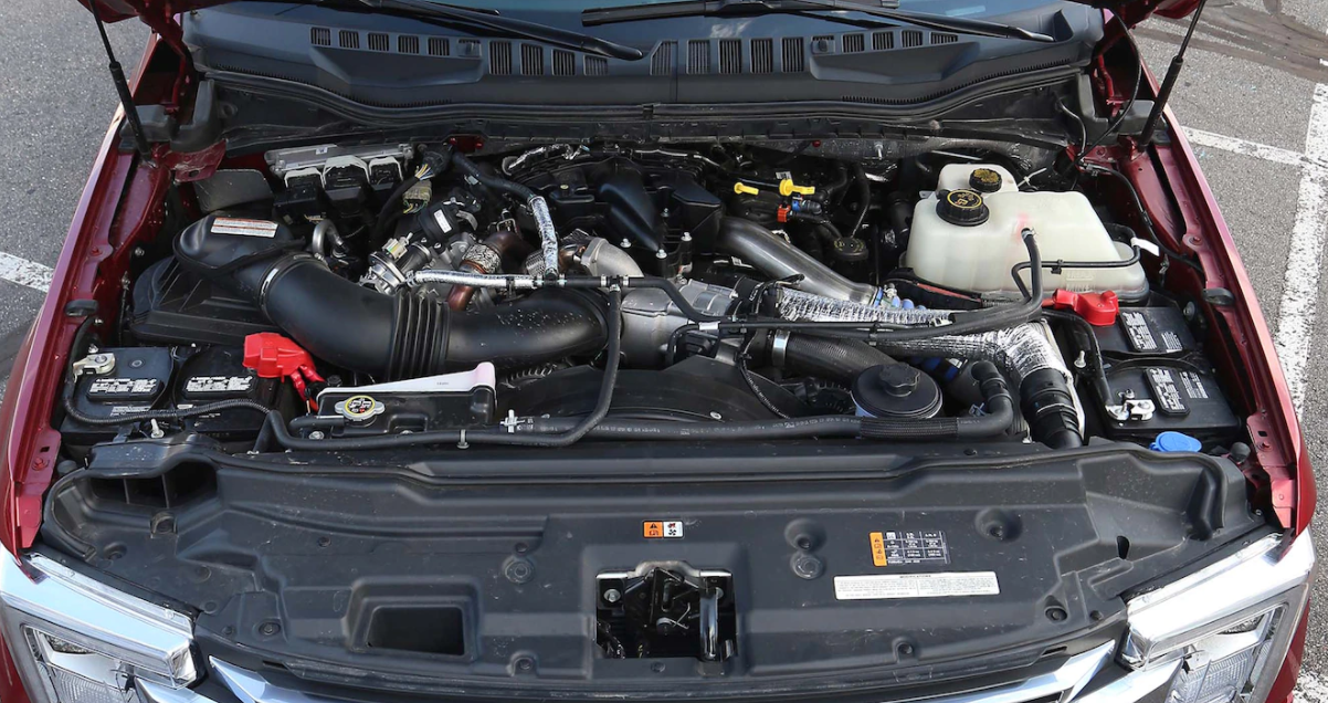 2023 Ford F-350 Engine