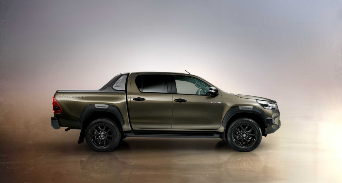 New 2023 Toyota Hilux Exterior